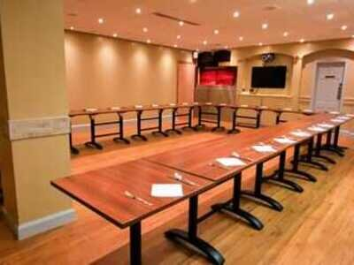 Our meeting room is available at all times and is suitable for 2 to 50 delegates. It is also fully accessible and can be set up in different styles.